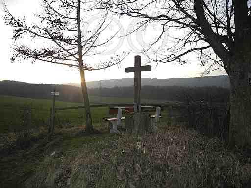 100-Pilgerkreuz am A3 Sandebeck