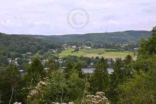 0099c-Rundweg 07-Felspassage-Obermaubach