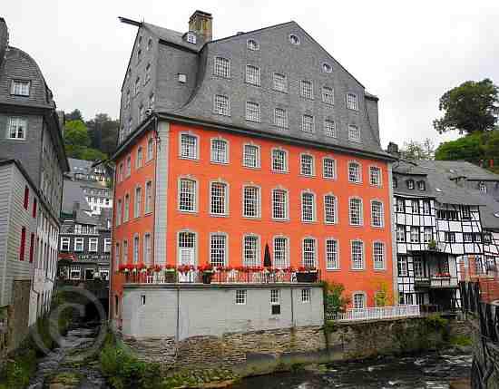 0245-Monschau-Eifel-Rote Haus
